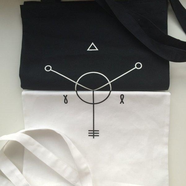 Animal ДжаZ: белая сумка с логотипом альбома «Хранитель весны»